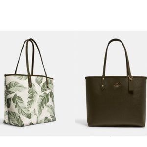NEW COACH REVERSIBLE CITY TOTE WITH BANANA LEAVES